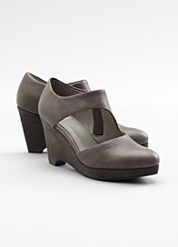 Niche Wedge Pump