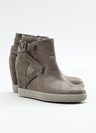 Zest Wedge Bootie