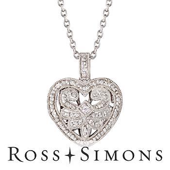 .20ct t.w. Diamond Fancy Heart Locket Necklace in Silver. 18