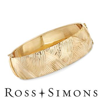14kt Yellow Gold Wide Diamond-Cut Bangle Bracelet. 7.5