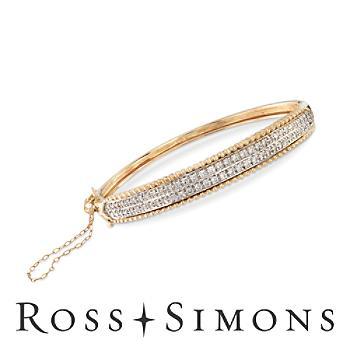 C. 1980 Vintage 1.00ct t.w. Diamond Bangle Bracelet in Gold. 7