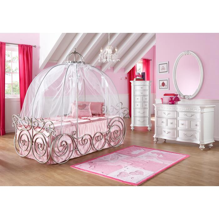 Disney princess carriage bed babycenter for Room to go kid