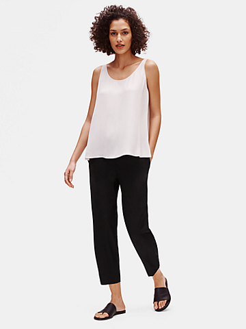 System Lightweight Washable Stretch Crepe Tapered Pant