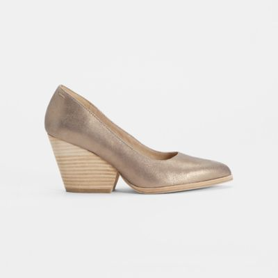 Hawk Metallic Suede Pump