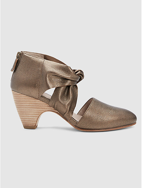 Mary Twist-Front Metallic Leather Pump
