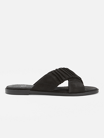 Cross Tumbled Nubuck Sandal