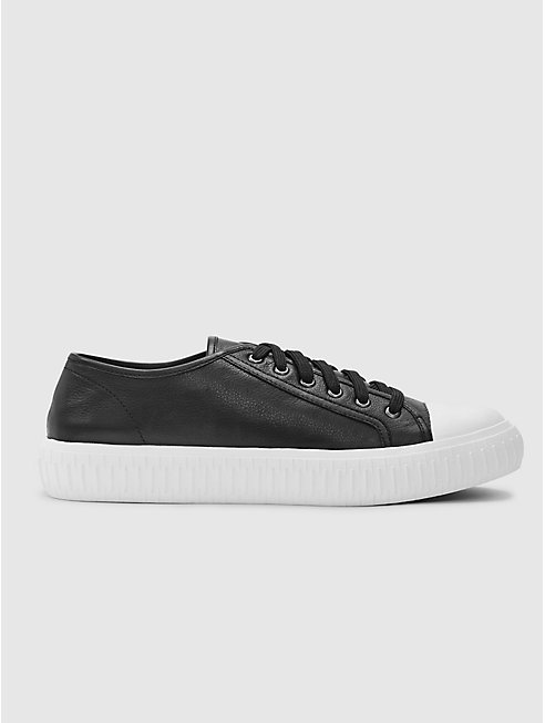 Nod Leather Sneaker