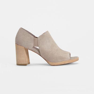 Milton Linen Suede Shoe