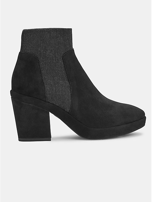 Later Nubuck Bootie