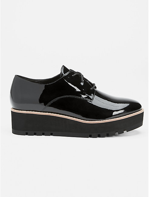 Eddy Oxford Wedge in Patent Leather