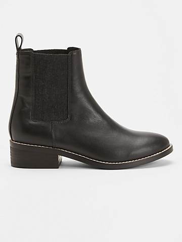 Vent Leather Bootie