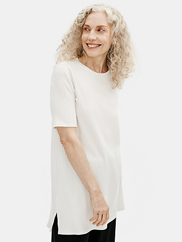 Textured Stretch Rib Round Neck Tunic