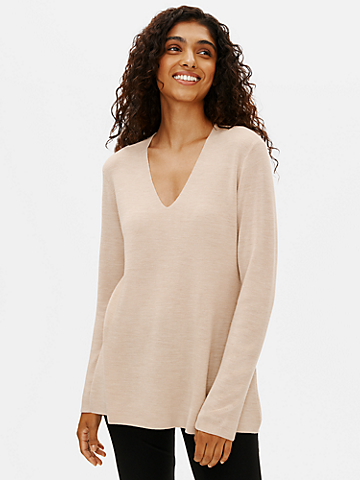 Ultrafine Merino V-Neck Tunic in Regenerative Wool