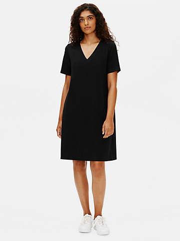 Traceable Organic Cotton Stretch V-Neck Dress