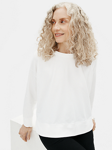 Traceable Organic Cotton Stretch Crew Neck Box-Top