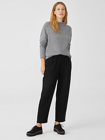Soft Wool Flannel Pleated Tapered Pant