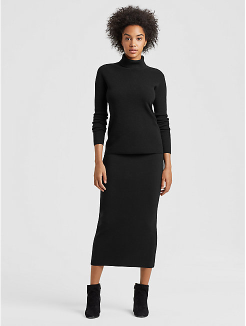 Luxe Merino Stretch Pencil Skirt