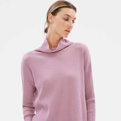 Luxe Merino Stretch Funnel Neck Box-Top in Responsible Wool