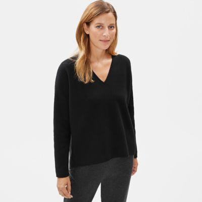 Soft Organic Cotton V-Neck Box-Top