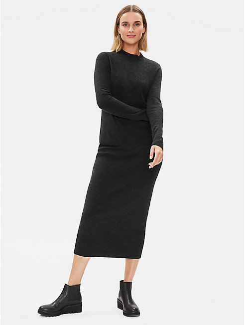 Luxe Merino Stretch Pencil Skirt in Responsible Wool