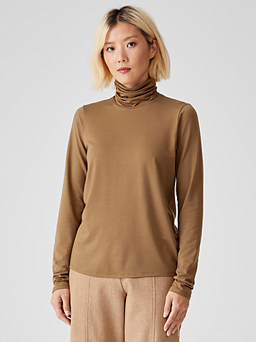 Fine Jersey Scrunch Neck Top