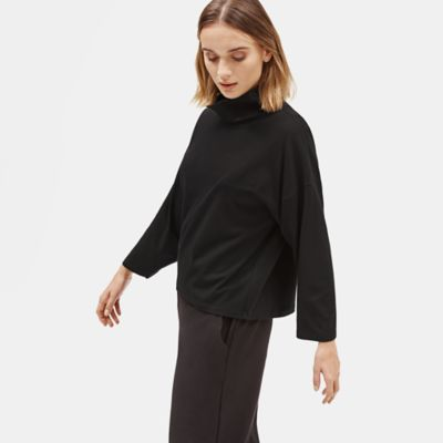Traceable Organic Cotton Stretch Funnel Neck Top