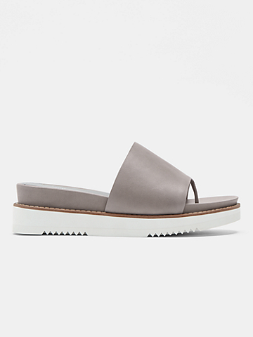 Touch Leather Flatform Sandal