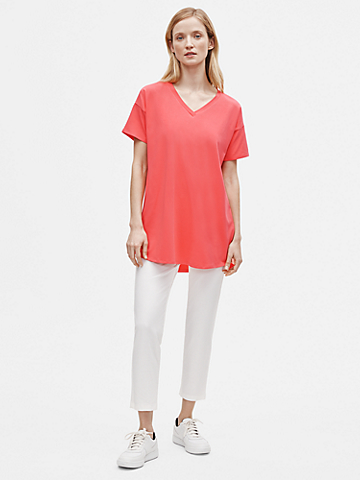 Traceable Organic Cotton Stretch V-Neck Tunic