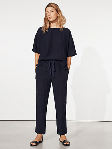 Puckered Organic Linen Tapered Ankle Pant