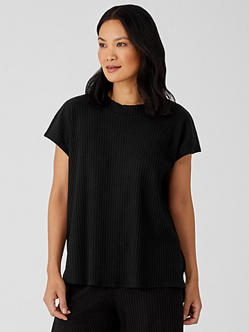 Textured Stretch Rib Crew Neck Top
