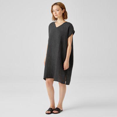 Puckered Organic Linen V-Neck Dress