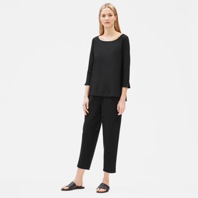 Lightweight Washable Stretch Crepe 3/4-Sleeve Top